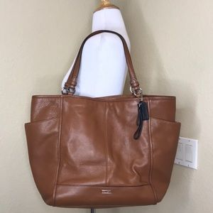 COACH Classic Brown Leather Tote Bag